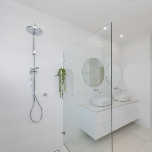 Bathroom 2 500x500 - Gallery