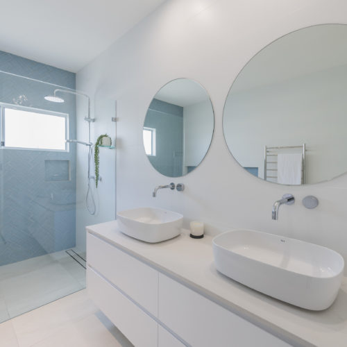 Bathroom 4 500x500 - Lake Macquarie Builders